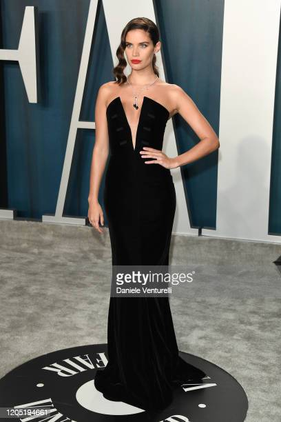 Sara Sampaio attends the 2020 Vanity Fair Oscar party hosted by Radhika Jones at Wallis Annenberg Center for the Performing Arts on February 09, 2020...