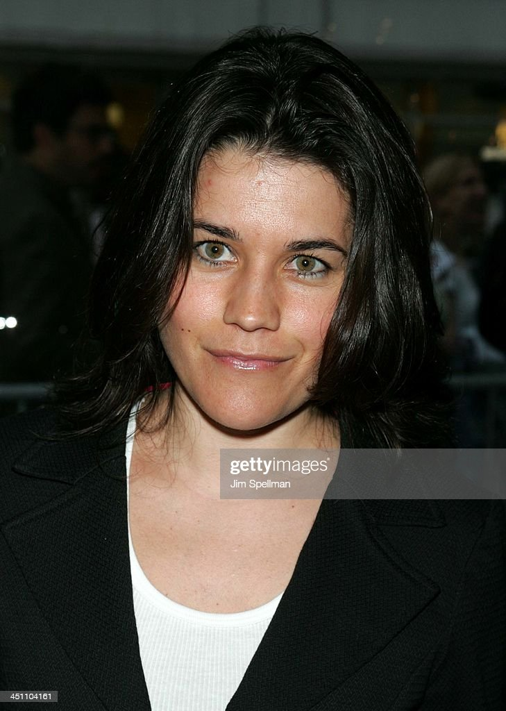 Fahrenheit 9/11 New York Screening - Outside Arrivals : News Photo