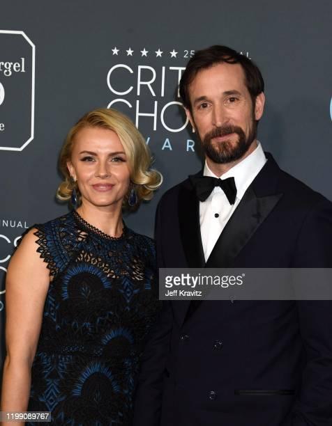 Sara Wells and Noah Wyle attend the 25th Annual Critics' Choice Awards at Barker Hangar on January 12, 2020 in Santa Monica, California.