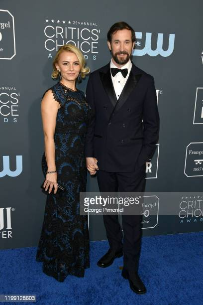 Sara Wells and Noah Wyle attend the 25th Annual Critics' Choice Awards held at Barker Hangar on January 12, 2020 in Santa Monica, California.