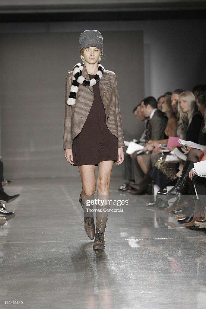 Olympus Fashion Week Fall 2005 - Proenza Schouler - Runway