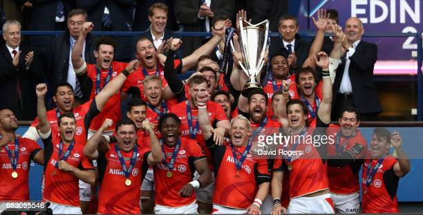 Saracens celebrate their victory during the European Rugby Champions Cup Final between ASM Clermont Auvergen and Saracens at Murrayfield Stadium on...