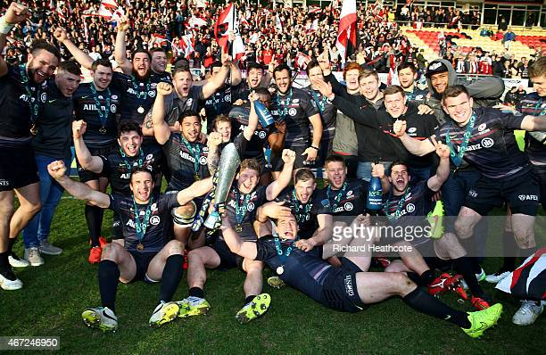 Saracens celebrate with the trophy after a last minute victory over Exeter in the LV= Cup Final between Saracens and Exeter Chiefs at Franklin's...