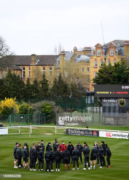 Saracens huddle prior to the Greene King IPA Championship match between Richmond and Saracens at Richmond Athletic Ground on March 28, 2021 in...