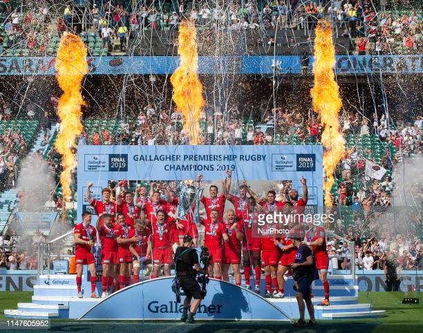Saracens with Trophy during Gallagher Premiership Rugby Final between Exeter Chiefs and Saracens at Twickenham Stadium London on 01 June 2019