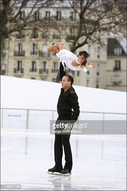 Sarah Abitbol And Stephane Bernadis Present Their Show On The Forecourt Of The Hotel De Ville In Paris France On December 02 2006 Sarah Abitbol and...