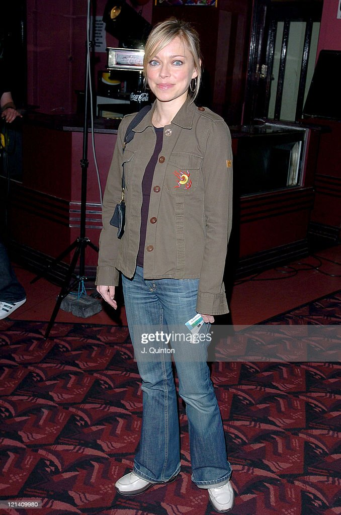 Jack Dee Live at The Apollo - May 26th, 2004 - Arrivals