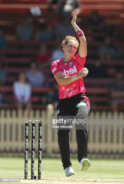 Sarah Aley of the Sixers bowls during the Women's Big Bash League WBBL match between the Sydney Thunder and the Sydney Sixers at North Sydney Oval on...