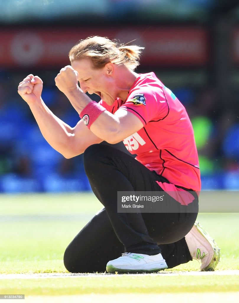 Sarah Aley of the Sydney Sixers celebrates after taking the wicket of of Tabatha Saville of the Adelaide Strikers lbw during the Women's Big Bash League match between the Adelaide Strikers and the Sydney Sixers at Adelaide Oval on February 2, 2018 in Adelaide, Australia.