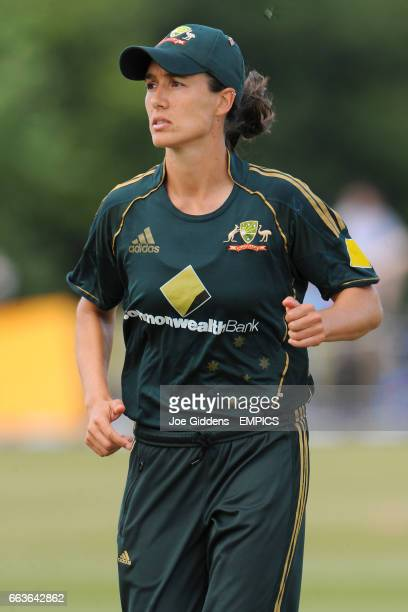 Sarah Andrews, Australia