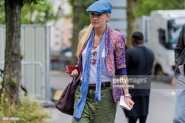 Sarah Ann Murray outside Dior Homme during the Paris Fashion Week Menswear Spring/Summer 2017 on June 25 2016 in Paris France