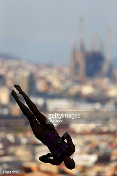 Sarah Barrow of Great Britain competes in the Women's 10m Platform Diving final on day six of the 15th FINA World Championships at Piscina Municipal...