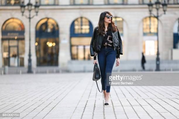 Sarah Benziane fashion blogger from Les Colonnes de Sarah wears Newlook white shoes with black heels Newlook blue denim jeans a Newlook black shirt...