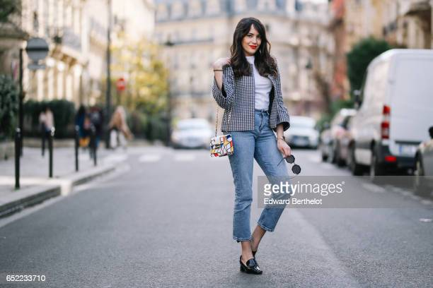 Sarah Benziane fashion blogger wears a Zara tweed checked jacket a Zara white tshirt an Atelier Caesars multicolor bag Newlook cropped blue denim...