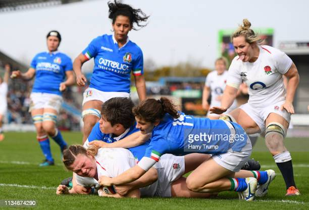Sarah Bern of England touches down for the fourth try during the Womens Six Nations match between England and Italy at Sandy Park on March 09 2019 in...