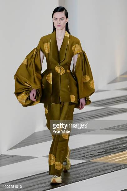 Sarah Brannon walks the runway during the Loewe show as part of the Paris Fashion Week Womenswear Fall/Winter 2020/2021 on February 28, 2020 in...