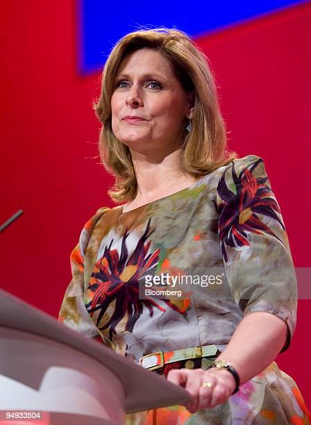 Sarah Brown wife of UK prime minister Gordon Brown pauses during her speech at the Labour party conference in Brighton UK on Tuesday Sept 29 2009...