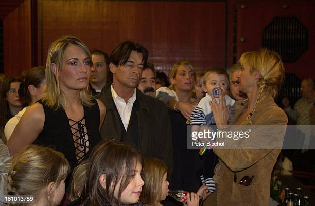 Sarah Connor Ehrenbotschafterin von Delmenhorst Vater Michael Lewe Mutter Soraya mit EnkelSohn Fan Delmenhorst Sängerin Familie Promis Prominente...