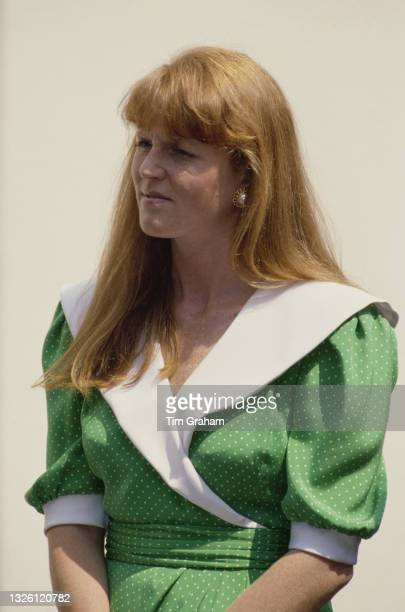 Sarah, Duchess of York attends a painting class for children with disabilities in London, UK, 22nd May 1989.