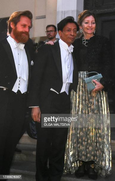 Sarah Faberge , great-granddaughter of Peter Carl Faberge, jewellery and objet dart Faberge company founder, arrives to attend a dinner during the...