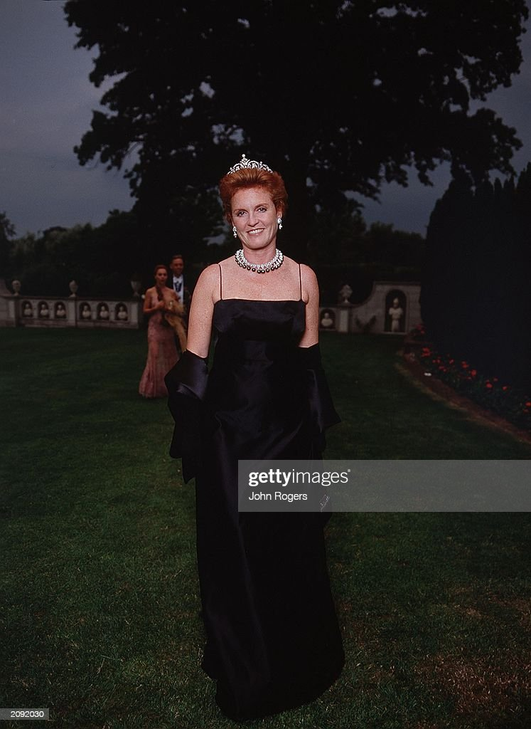 Sarah Ferguson at the 2001 White Tie and Tiara Ball : News Photo