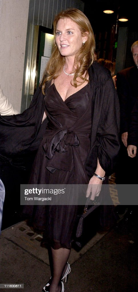 Celebrity Sightings at The Ivy - June 9, 2006 : News Photo