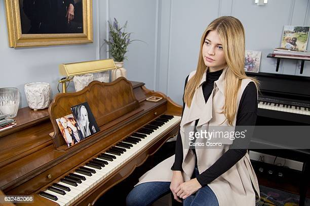 TORONTO ON JANUARY Sarah Fisher with photos of her friend Carley Allison Story is about a film coming out called Kiss and Cry it's based on the true...