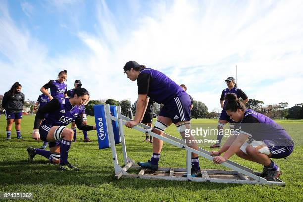 Sarah Goss runs through scrum drills during a New Zealand Black Ferns training session at Grammar Tec Rugby Club on July 30 2017 in Auckland New...