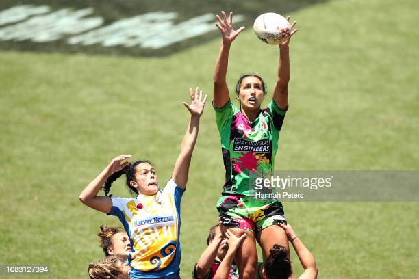 Sarah Goss wins lineout ball against Bay of Plenty during the TECT National Sevens tournament at Tauranga Domain on December 16, 2018 in Tauranga,...