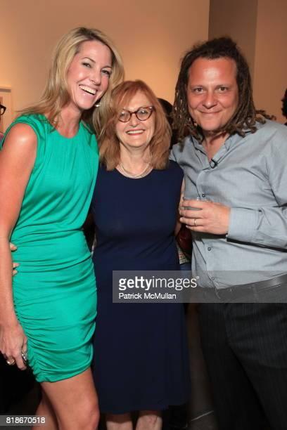 Sarah Hasted Elizabeth Biondi and Martin Schoeller attend MARTIN SCHOELLER Artist Reception at HASTED HUNT KRAEUTLER on June 30 2010 in New York