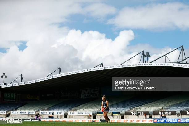 Sarah Hosking of the Blues kicks at goal during the AFLW Semi Final match between the Carlton Blues and the Brisbane Lions at Ikon Park on March 22...