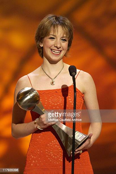 Sarah Hughes wins the 2002 ESPY for Best US Olympian