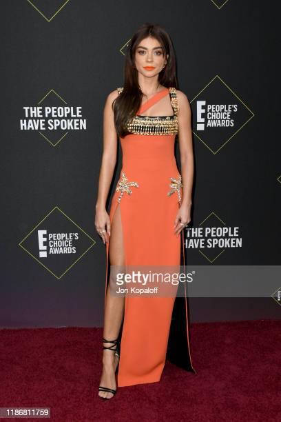 Sarah Hyland attends the 2019 E People's Choice Awards at Barker Hangar on November 10 2019 in Santa Monica California