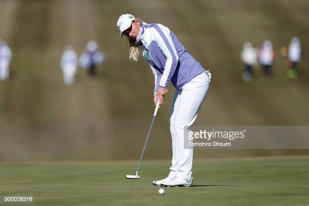 Sarah Jane Smith of the Australian Ladies Professional Golf team putts on the 10th hole during the second round of THE QUEENS Presented By KOWA at...