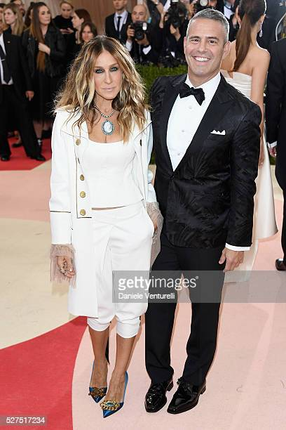 """Sarah Jessica Parker and Andy Cohen attend the """"Manus x Machina: Fashion In An Age Of Technology"""" Costume Institute Gala at Metropolitan Museum of..."""