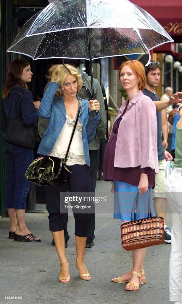 Sarah Jessica Parker and Cynthia Nixon during Sarah Jessica Parker and Cynthia Nixon on Location For 'Sex and the City' on August 23, 2001 at Manhattan in New York City, New York, United States.