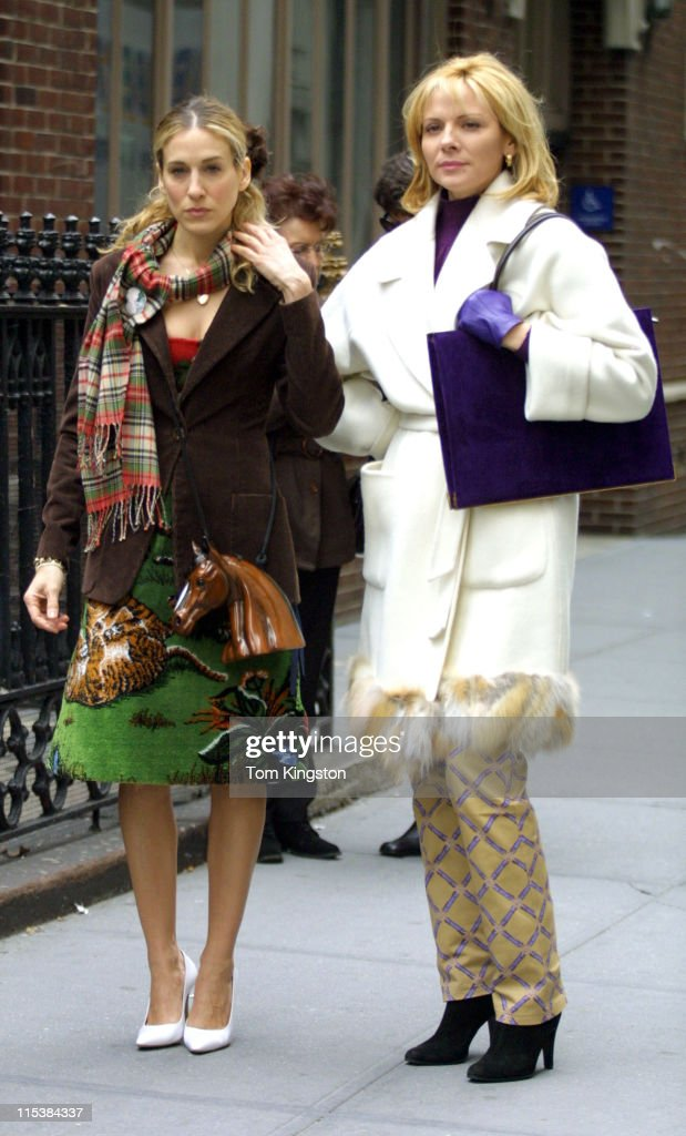 Sarah Jessica Parker and Kim Cattral during Filming 'Sex and the City' on March 15, 2001 at Streets of New York in New York City, New York, United States.