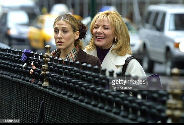 Sarah Jessica Parker and Kim Cattral during Filming 'Sex and the City' on March 15 2001 at Streets of New York in New York City New York United States