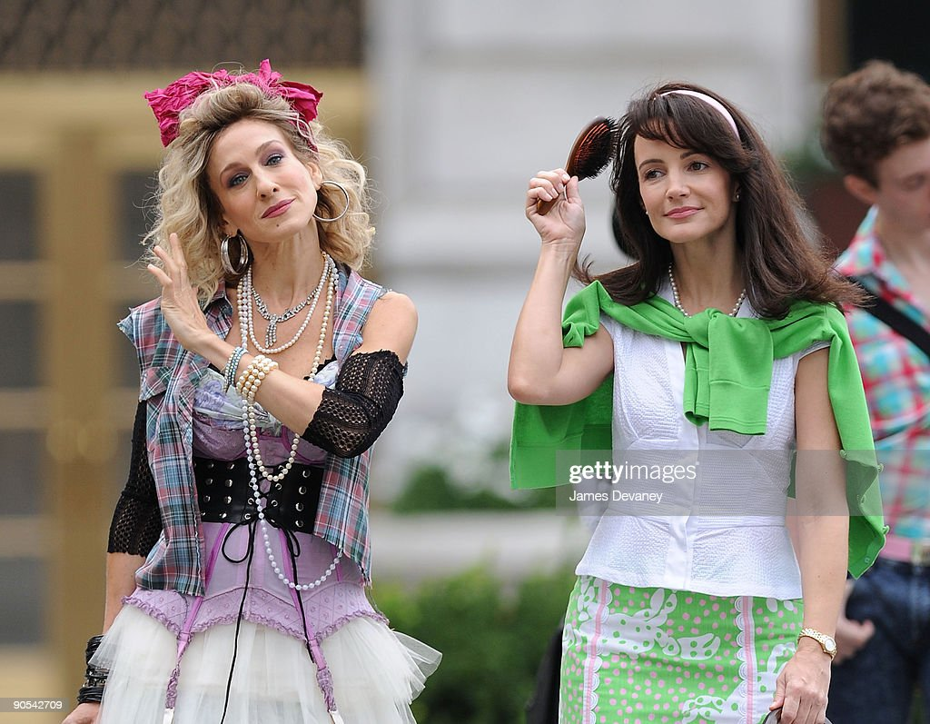 Sarah Jessica Parker and Kristin Davis filming on location for 'Sex And The City 2' on the Streets of Manhattan on September 9, 2009 in New York City.