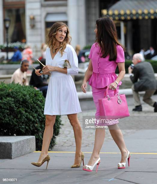 Sarah Jessica Parker and Kristin Davis filming on location for 'Sex And The City 2' on the Streets of Manhattan on September 8 2009 in New York City