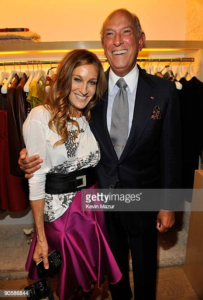 Sarah Jessica Parker and Oscar de la Renta attend the Oscar de la Renta Fashion's Night Out party at the Oscar de la Renta Boutique on September 10...