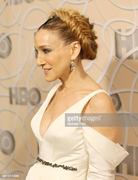 Sarah Jessica Parker arrives at HBO's Official Golden Globe Awards after party held at Circa 55 Restaurant on January 8 2017 in Los Angeles California