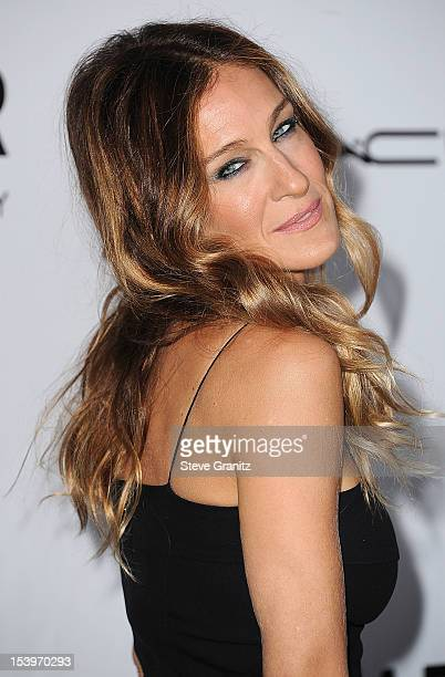 Sarah Jessica Parker arrives at the amfAR 3rd Annual Inspiration Gala at Milk Studios on October 11 2012 in Los Angeles California