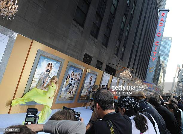 Sarah Jessica Parker arrives at the world premiere of the movie �Sex and the City 2� May 24 2010 at Radio City Music Hall in New York AFP PHOTO/Stan...