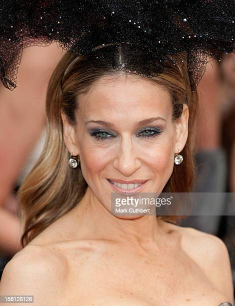 Sarah Jessica Parker Arriving For The Uk Premiere Of Sex And The City 2 At The Odeon Leicester Square London