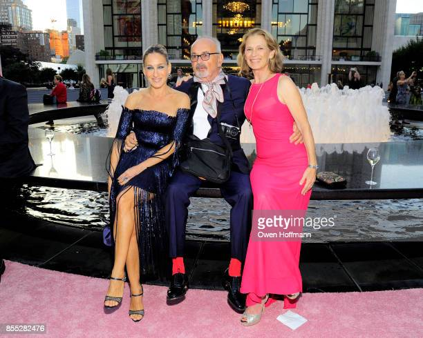 Sarah Jessica Parker Arthur Elgort and Grethe Barrett Holby attends the New York City Ballet's 2017 Fall Fashion Gala on September 28 2017 in New...