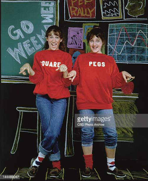 PEGS Sarah Jessica Parker as Patty Greene left and Amy Linker as Lauren Hutchinson Image dated 1982