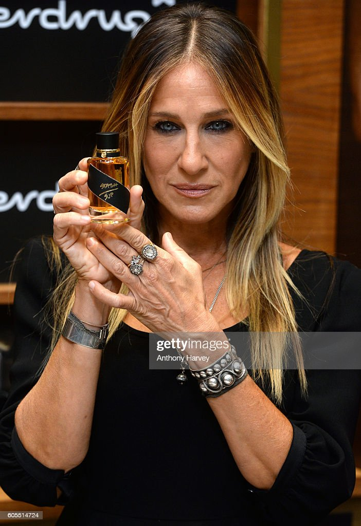 Sarah Jessica Parker attends a photocall as she launches her new fragrance 'Stash' at Superdrug, Westfield White City on September 14, 2016 in London, England.