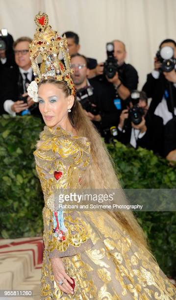 Sarah Jessica Parker attends Heavenly Bodies Fashion The Catholic Imagination Costume Institute Gala a the Metropolitan Museum of Art in New York City