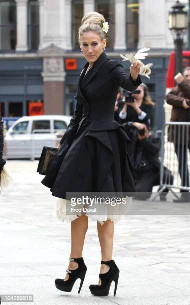 Sarah Jessica Parker attends memorial service for Alexander McQueen at St Paul's Cathedral on September 20 2010 in London England